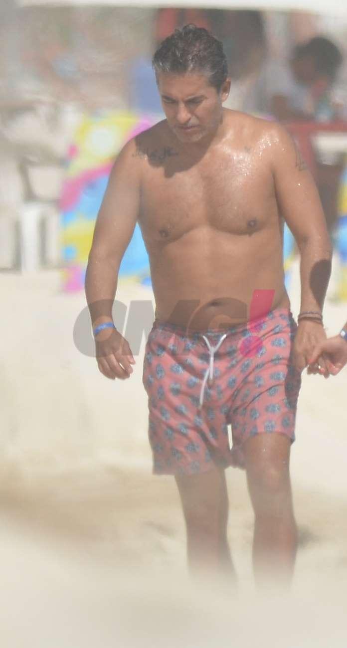 Raúl Araiza de vacaciones
