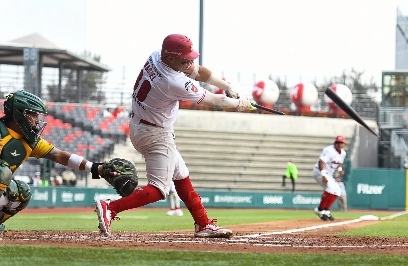 Diablos Rojos del México emparejan la serie frente a los Pericos de Puebla en la Liga Invernal de Beisbol